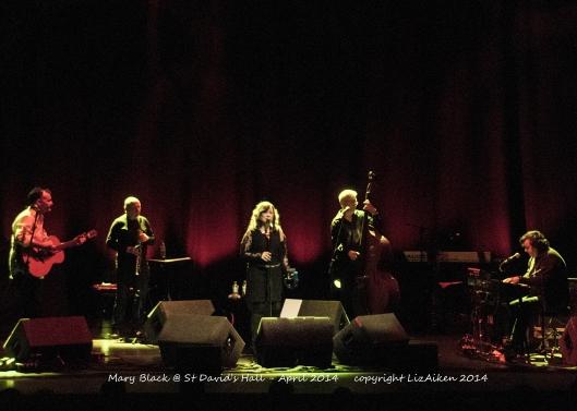 Mary Black - St David's Hall - March 2014 - DSC_0010l