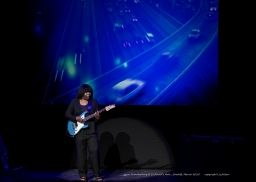 Joan Armatrading - St Davids Hall - March 2015 - 5 - _0115l